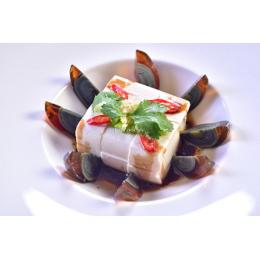 Столетние яйца с тофу